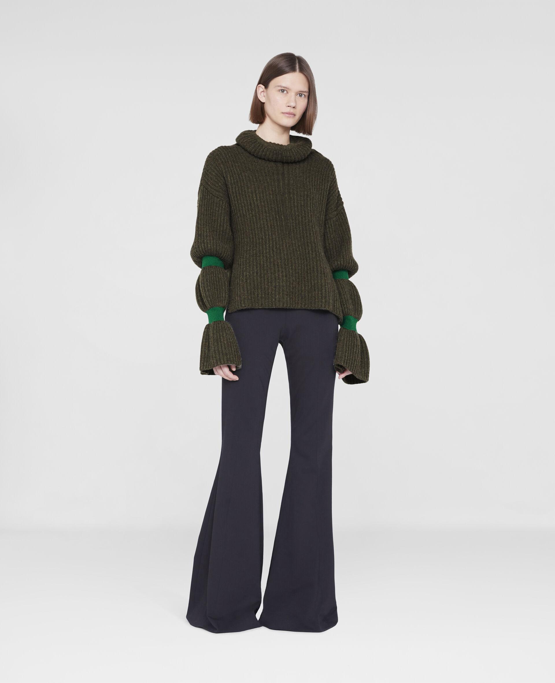 Weicher, voluminöser Pullover-Grün-large image number 1