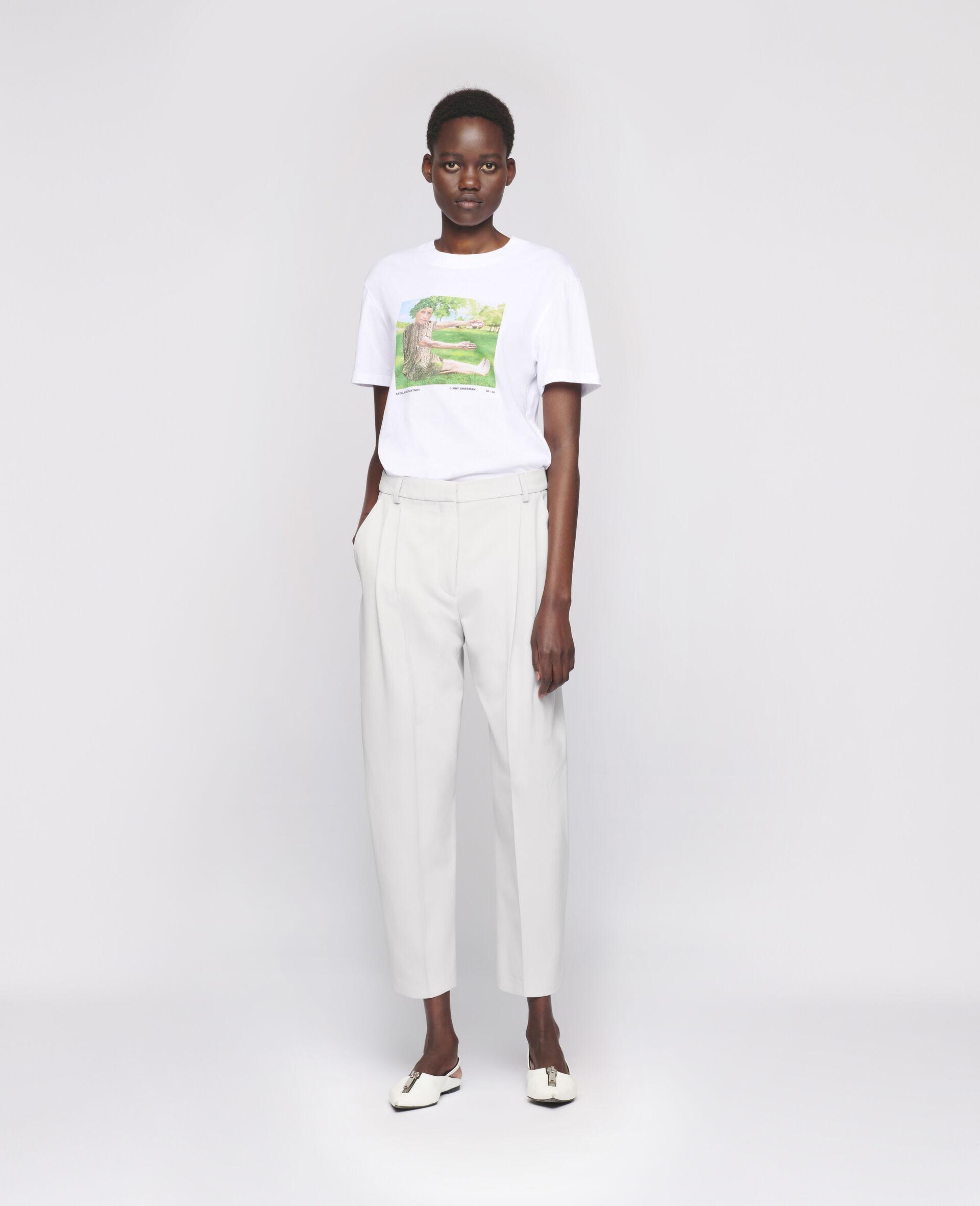 "Cindy Sherman ""E"" T-shirt-White-large image number 1"