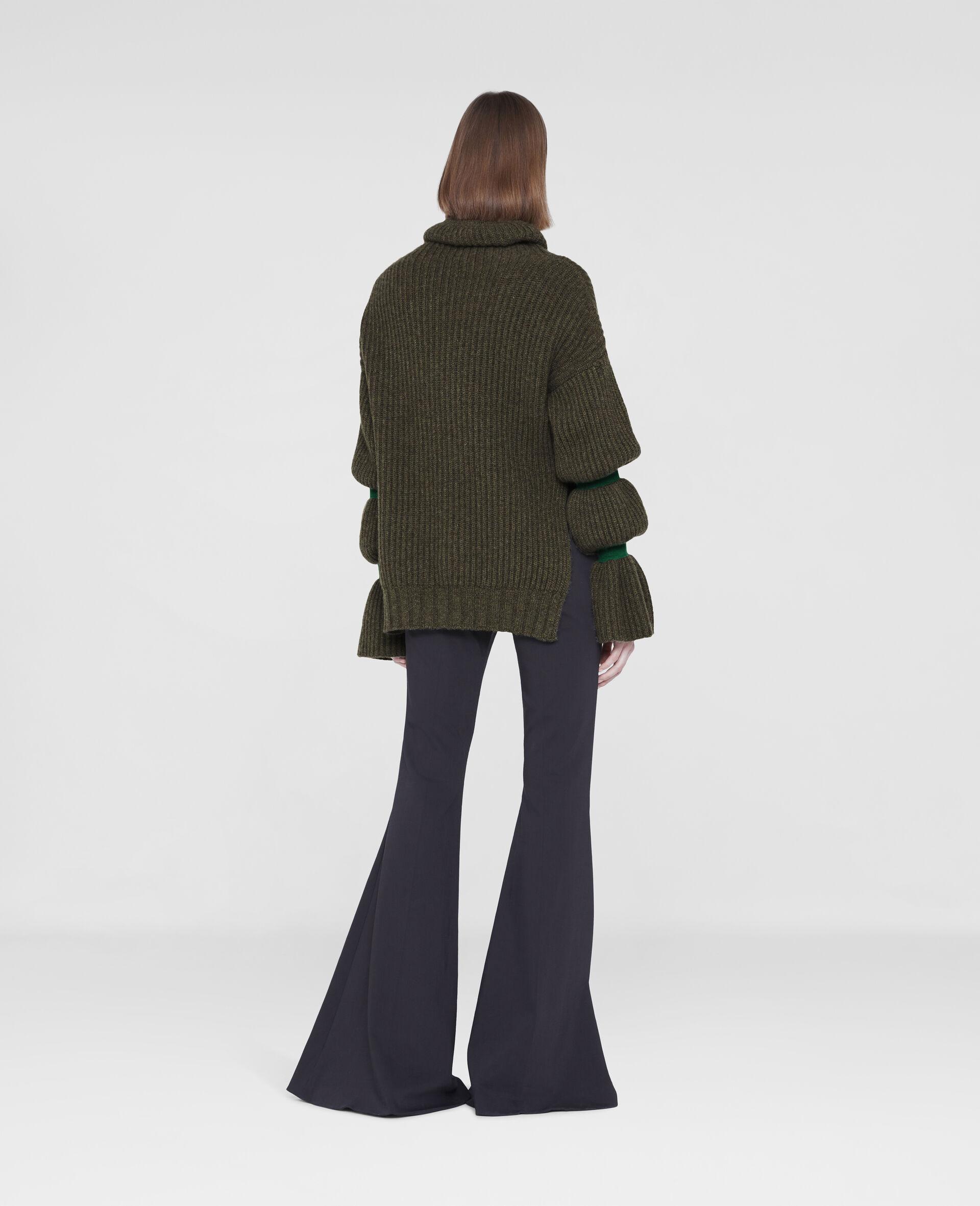 Weicher, voluminöser Pullover-Grün-large image number 2