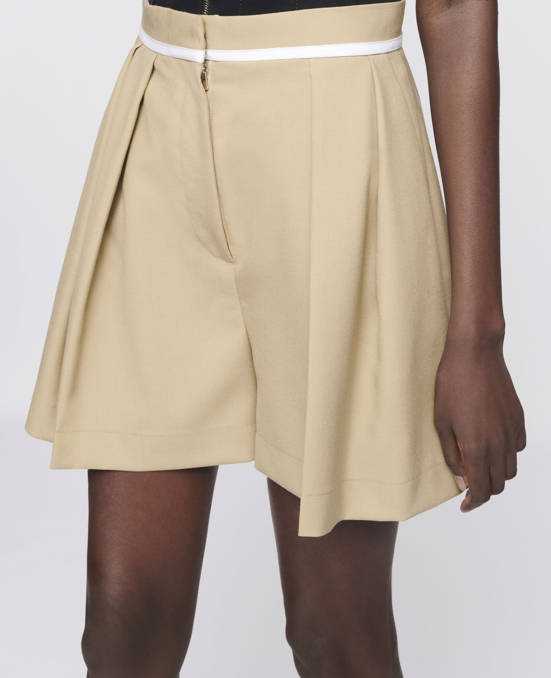 Ariel Wool Shorts -Beige-large image number 3