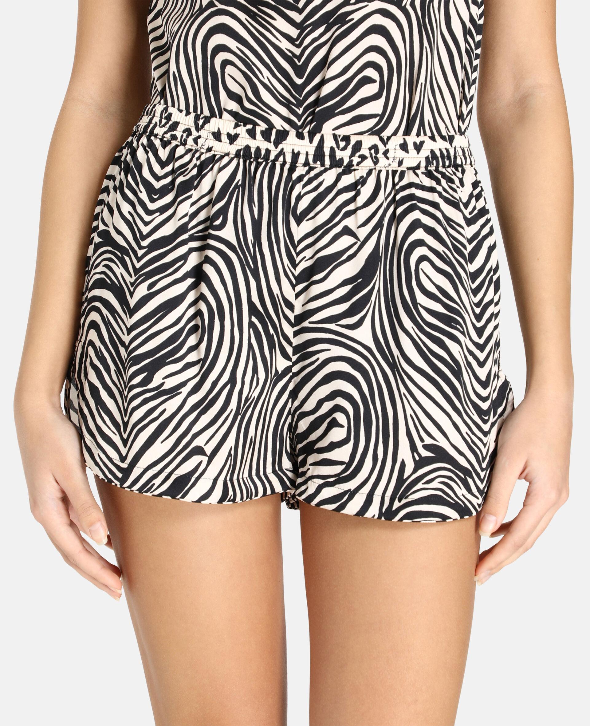 Maggie Twisting Shorts-Beige-large image number 3