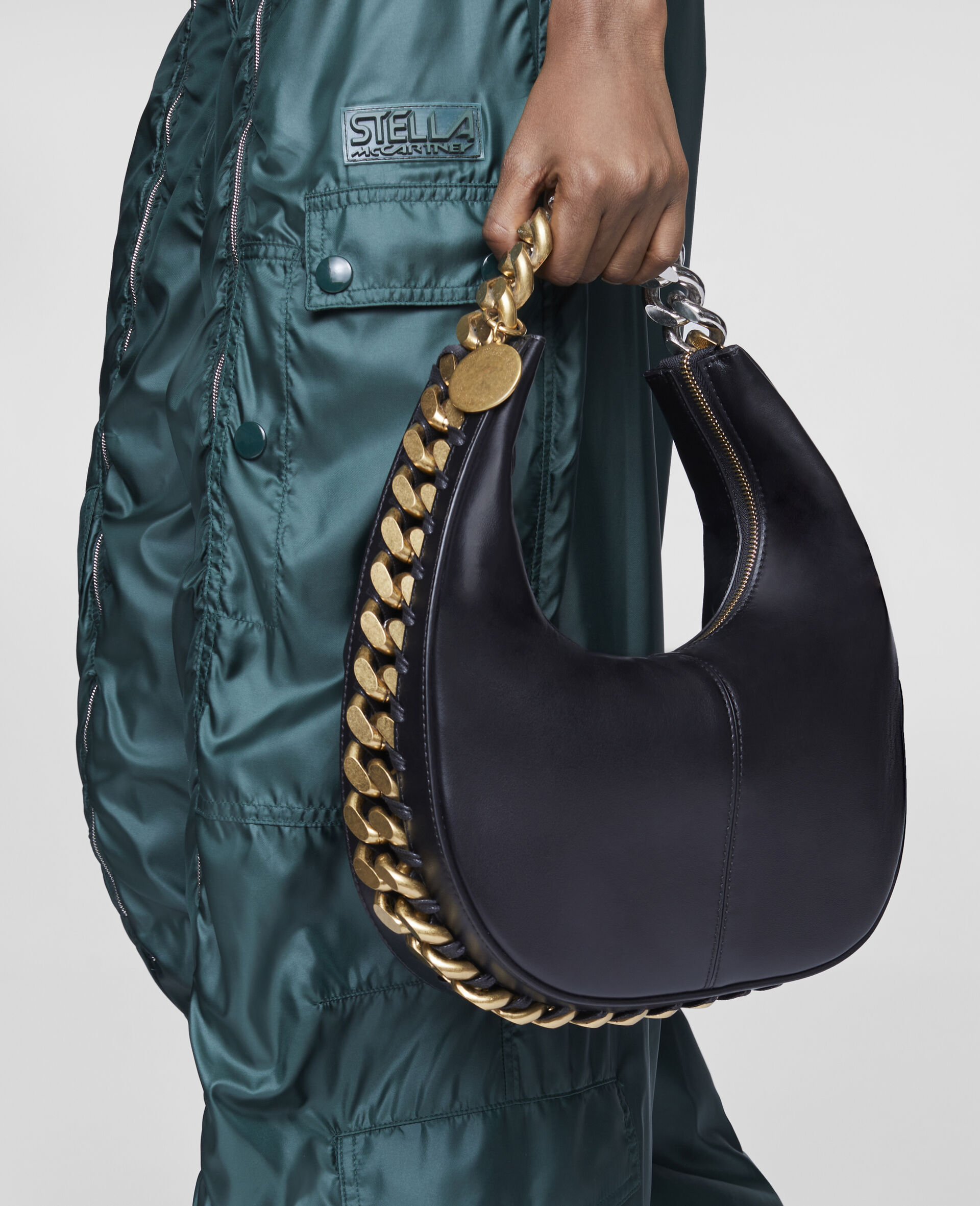Frayme Small Zipit Shoulder Bag-Black-large image number 4