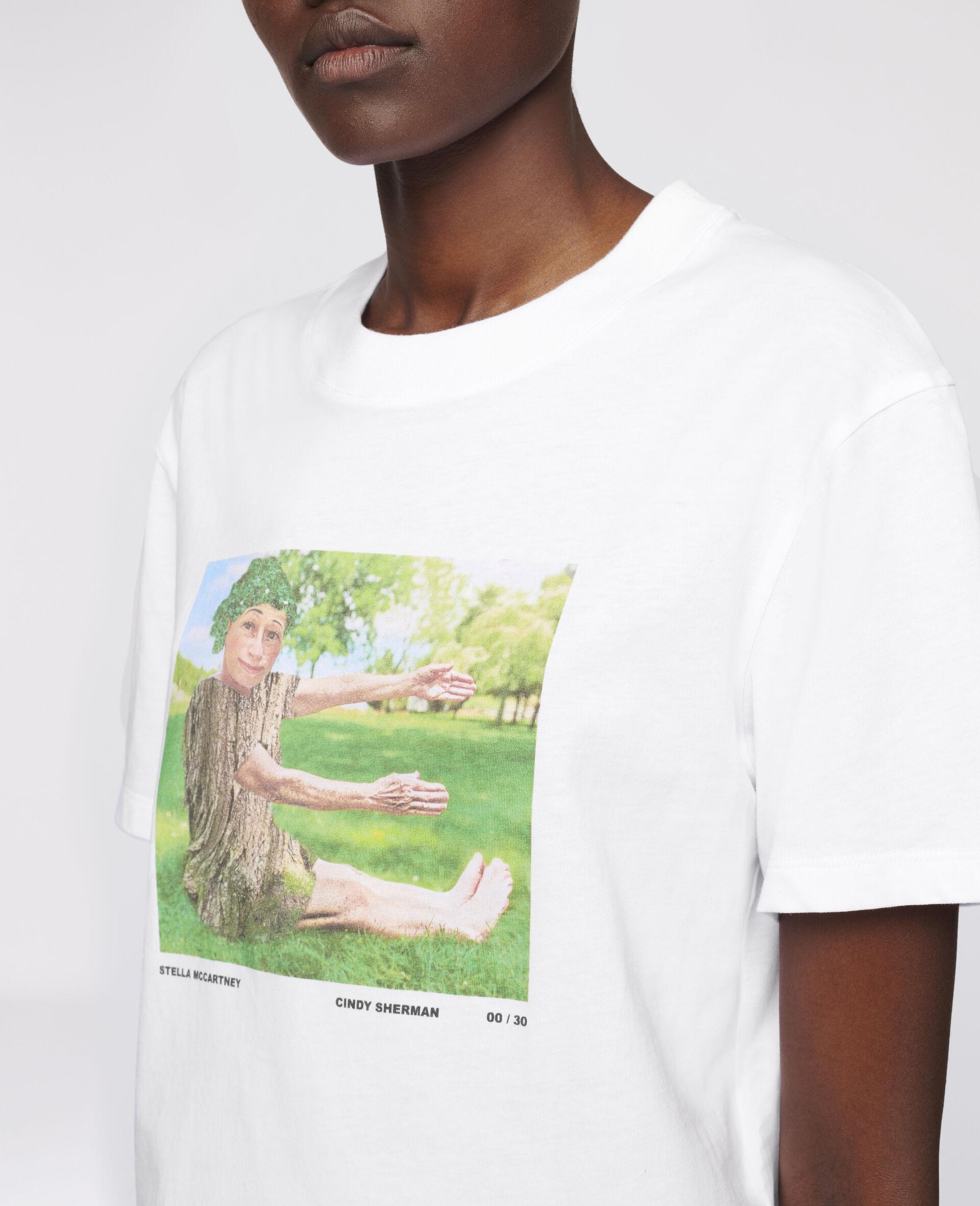 "Cindy Sherman ""E"" T-shirt-White-large image number 3"