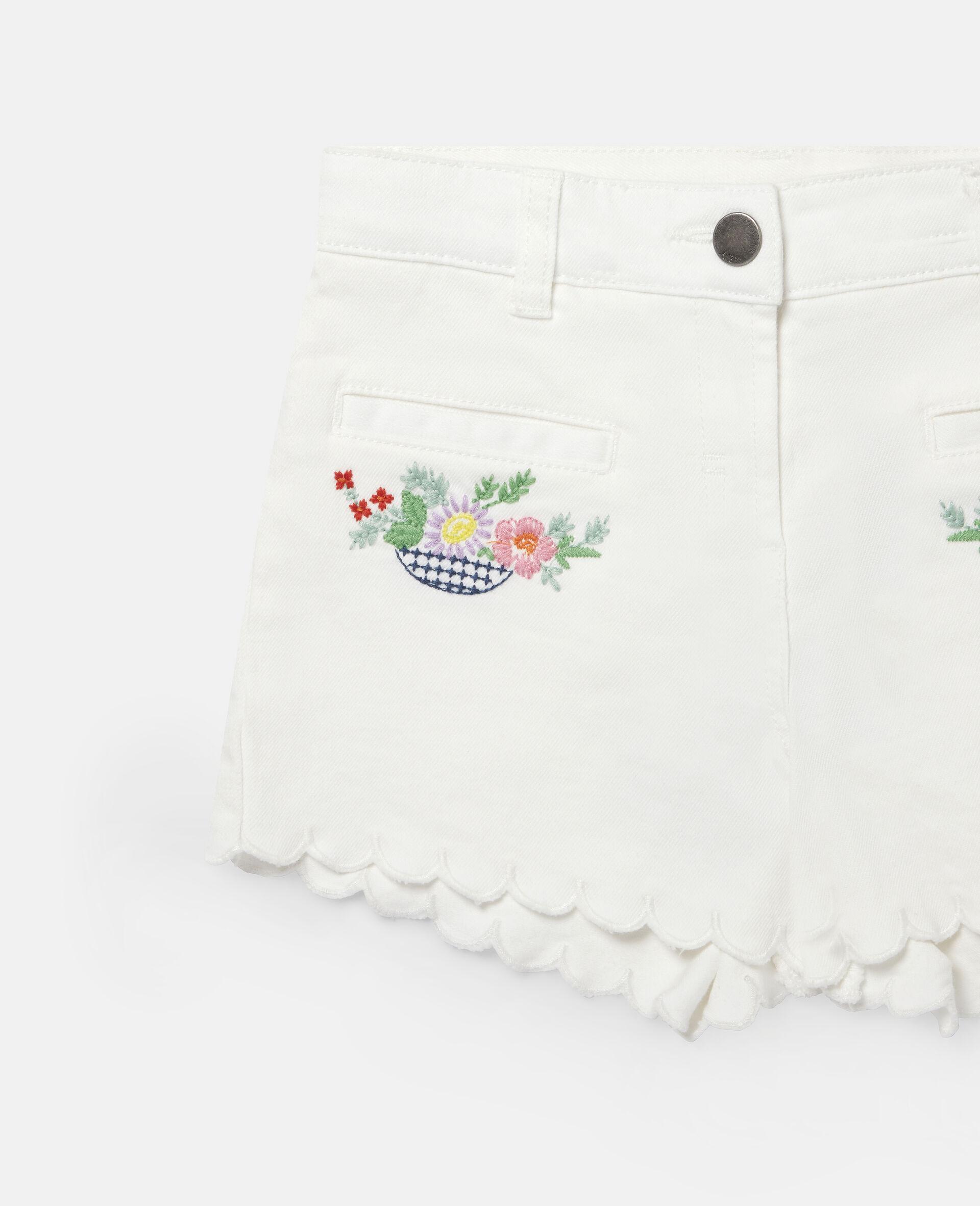 花朵刺绣牛仔短裤-白色-large image number 1