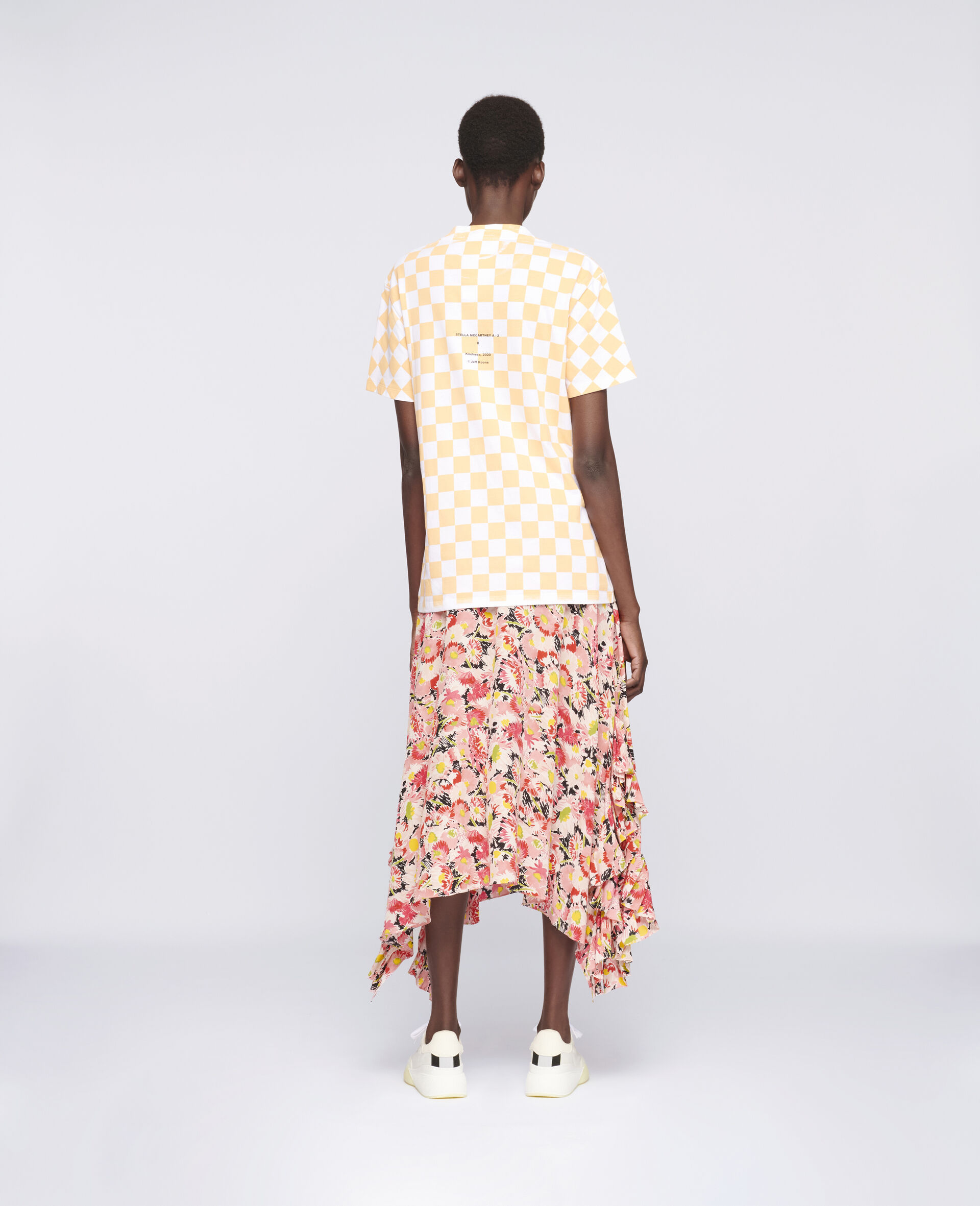 "T-Shirt ""K"" di Jeff Koons-Bianco-large image number 2"
