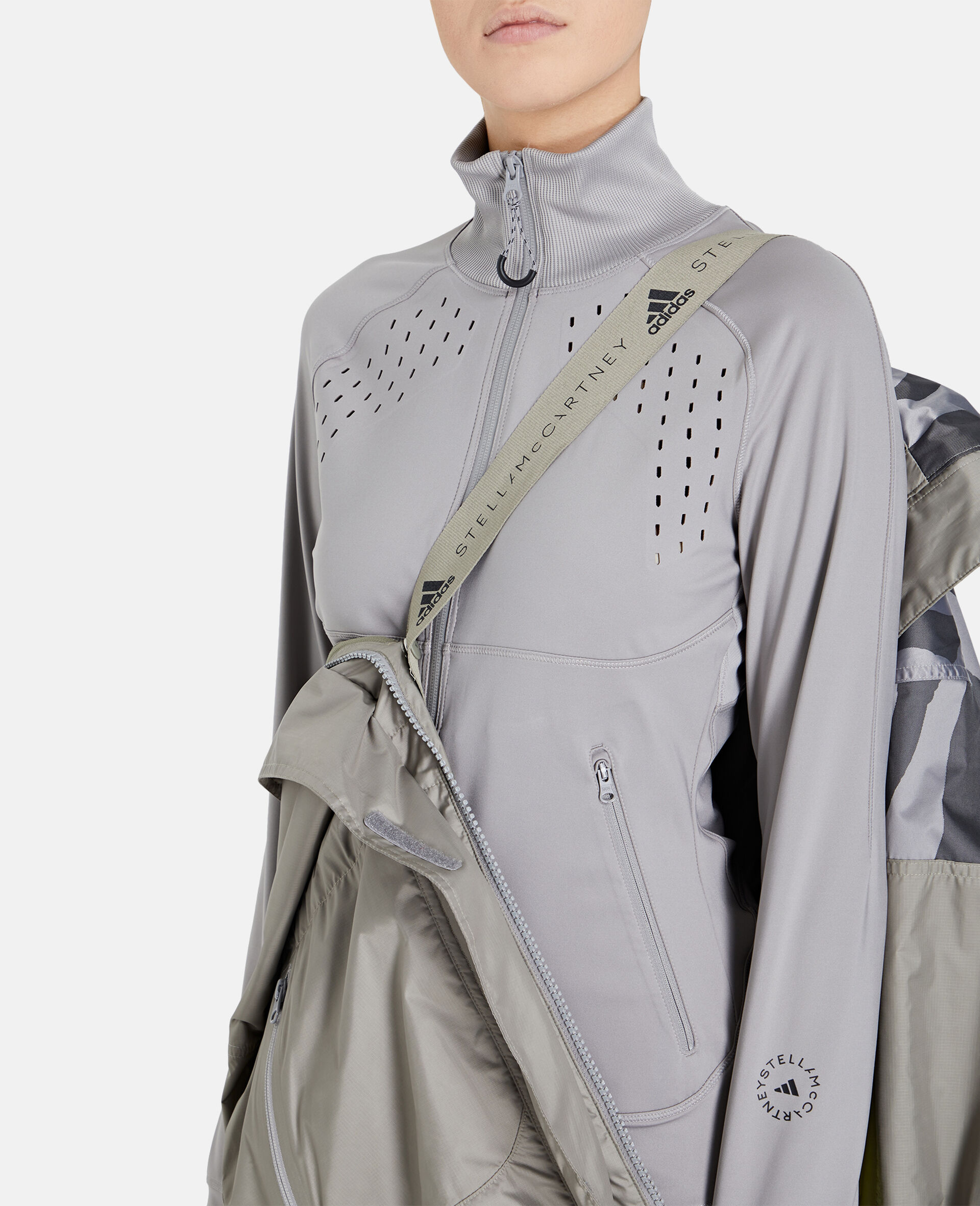 TruePace Running Jacket-Grey-large image number 3